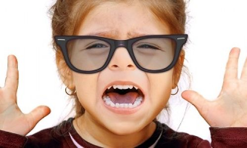 Når kan barn starte med kontaktlinser?